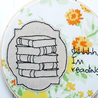 Making an Embroidery Hoop Art for Your Friends
