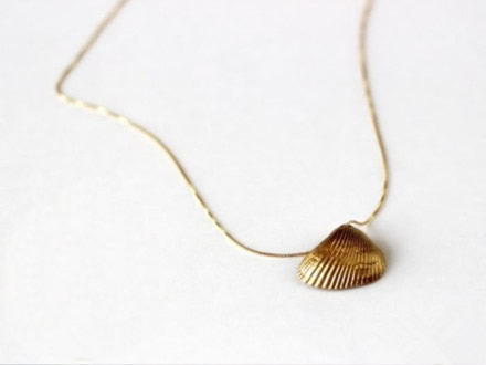 Golden Shell Necklace